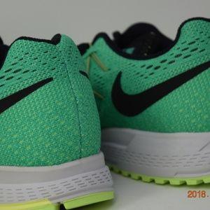 343fa4f5c083 Nike Shoes - Nike womens Air Zoom Pegasus 32 sz 8.5 749344-303